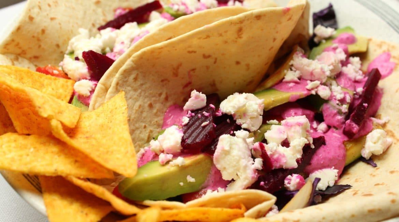 Vegetarische Tacos mit Grillgemüse und Rotebeete
