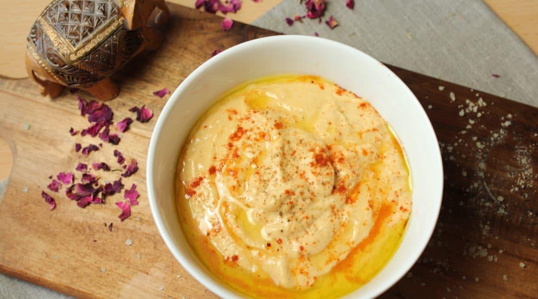 Hummus mit Knoblauch aus Kichererbsen
