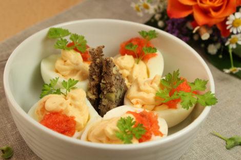 Gefüllte Eier mit Lachs und Frischkäse