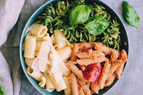 Tris di Pasta mit 3 Nudelsorten und Soßen