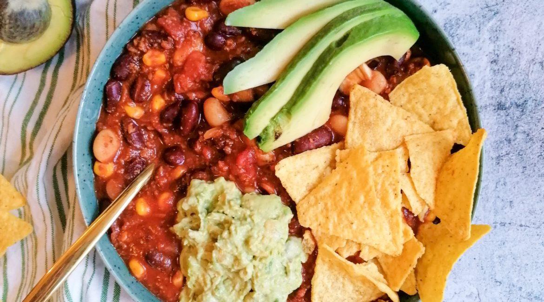 Chili sin Carne mit Guacamole