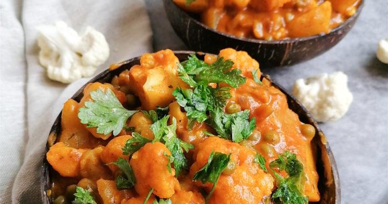 Blumenkohl Curry mit Kartoffeln | einfaches Rezept
