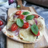 Flammkuchen Tomate Mozarella Rezept