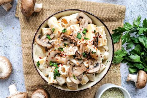 Vegane Reispasta mit Cashew-Soße