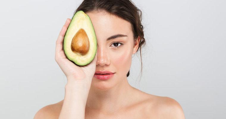 Ernährung für gesunde Haut: Diese Lebensmittel solltest du kennen
