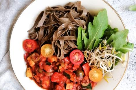 Leckere Gemüsebolognese in 10 Minuten