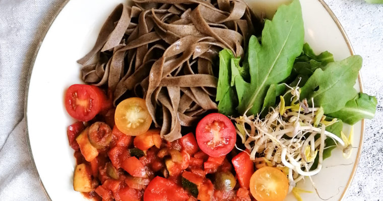 Vegetarische Gemüse Bolognese |15 Minuten Rezept