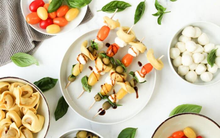 Tomate Mozzarella Tortellini Spieße