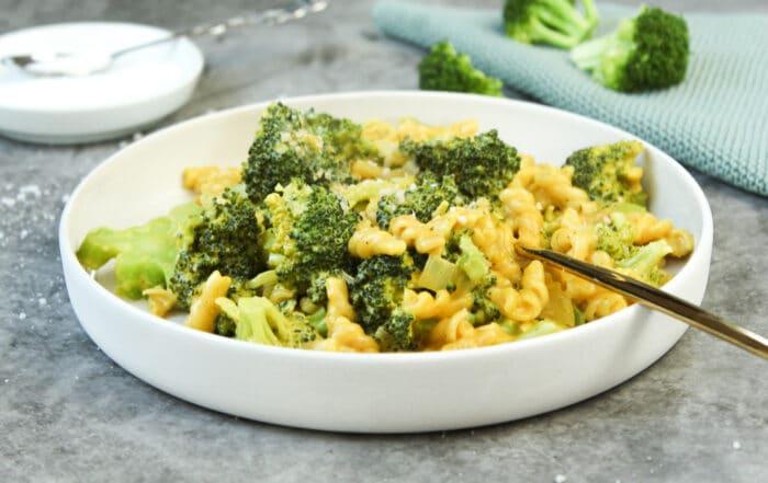 Pasta mit Brokkoli-Sahne-Soße